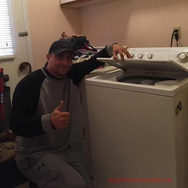 Appliance repair service in Maple